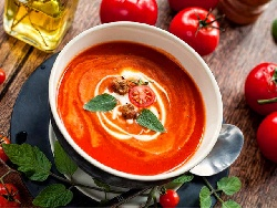 Доматена крем супа с домати от консерва и сметана - снимка на рецептата